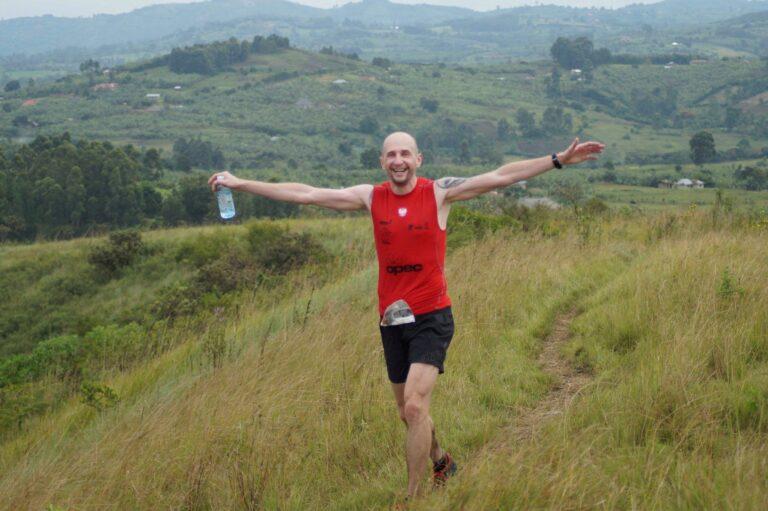 Biegacz, wzgórza, polana