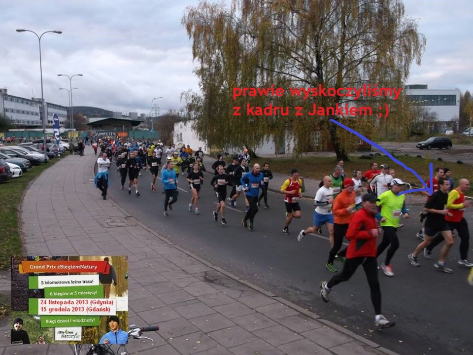 biegacze na ulicy na zawodach