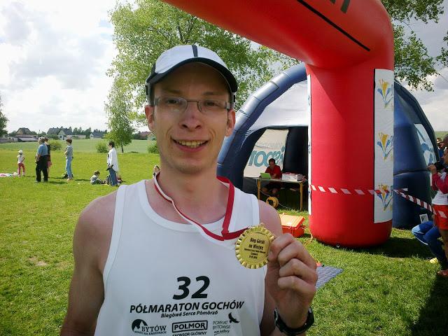 Unikanie kontuzji w bieganiu to ważna rzecz. Dzięki temu można biegać i dostawać medale na zawodach.